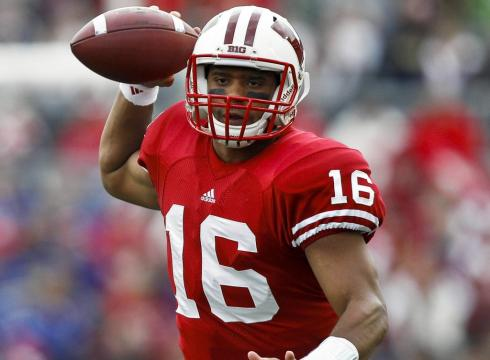 qb-wilson-fitting-in-nicely-with-wisconsin-9fe5oor-x-large